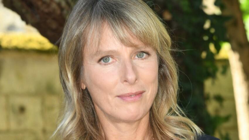 """Karin Viard se confie sur sa relation complexe avec sa mère : """"Elle est très différente de moi"""""""