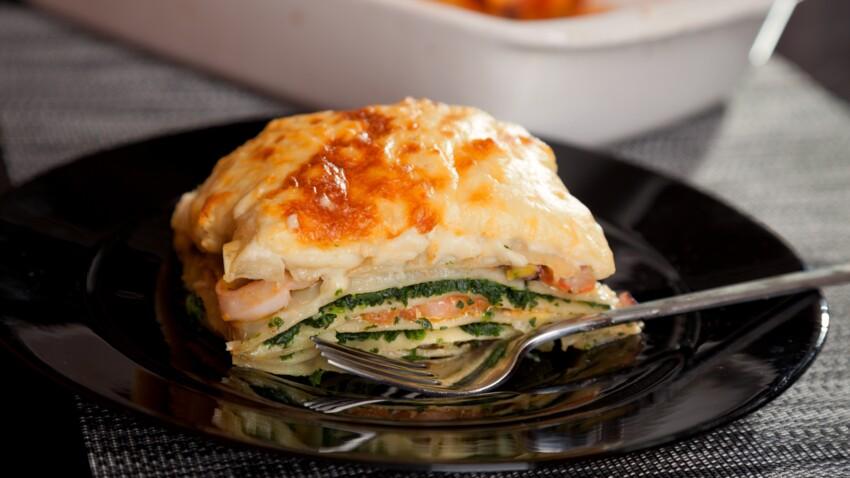 """""""Tous en cuisine"""" : la recette des lasagnes de saumon frais aux épinards de Cyril Lignac"""