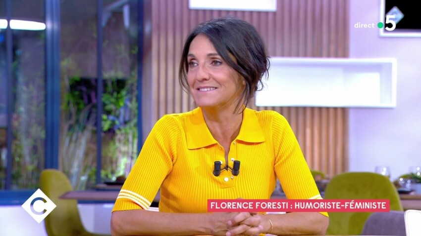 """""""La pauvre…"""" : Florence Foresti se confie sur l'éducation de sa fille"""