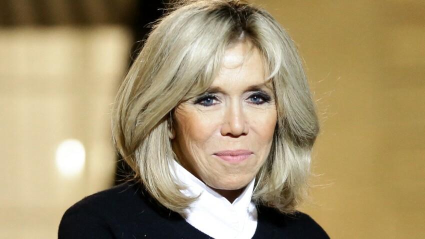 Brigitte Macron surprenante en robe courte dorée et pailletée