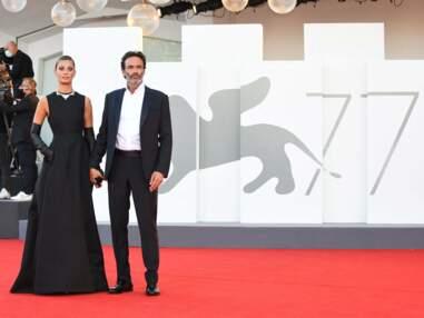 Entre Anthony Delon et Sveva Alviti c'est fini : l'acteur annonce être célibataire