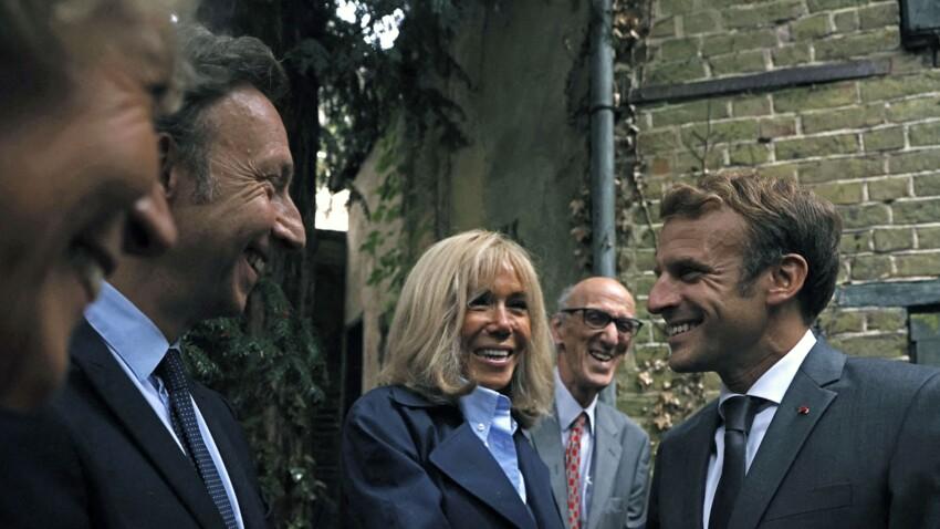 """Stéphane Bern : comment """"le farfadet"""" a rencontré Emmanuel et Brigitte Macron ?"""