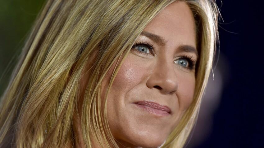 Jennifer Aniston : découvrez sa première marque de soins pour cheveux