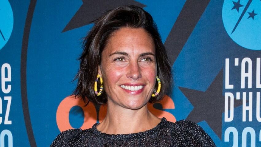 Alessandra Sublet craquante en décolleté carré au top des tendances