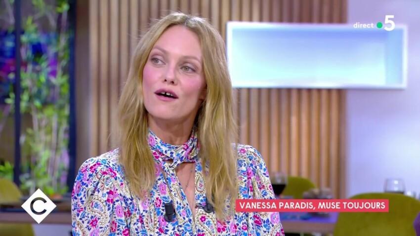 """Vanessa Paradis fière d'être la """"muse"""" de son mari Samuel Benchetrit"""