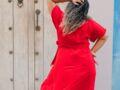 Mode grande taille : comment porter la robe longue quand on est ronde ?