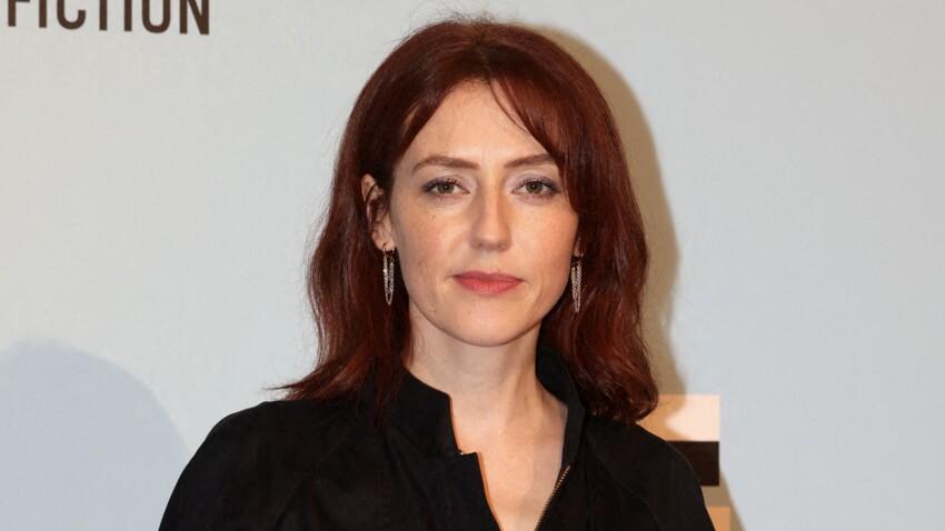 """Blandine Bellavoir se confie sur son post-partum difficile : """"L'instinct maternel est un mythe"""""""