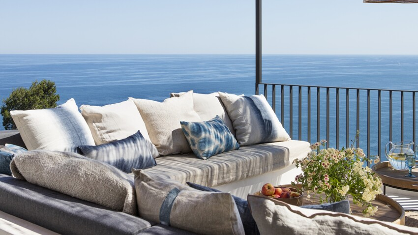 Tendance déco : nos conseils pour ouvrir une villa sur la mer