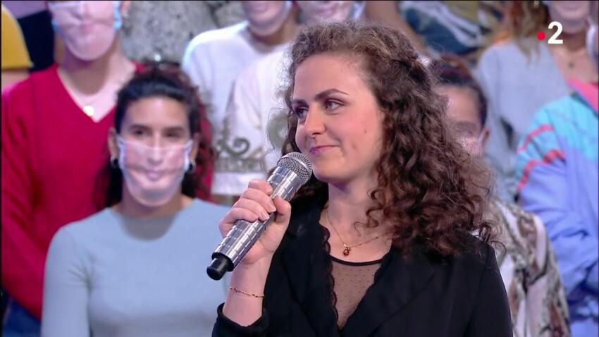 """""""N'oubliez pas les paroles"""" : comment Caroline, la Maestro, a progressé depuis sa première participation en 2016"""