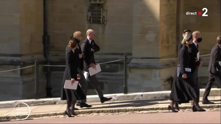 Obsèques du prince Philip : que se sont dit Harry et William lors de leurs retrouvailles ?