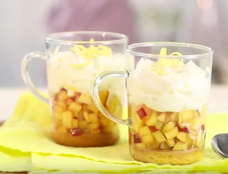 Tiramisu express aux nectarines prêt en 5 minutes !