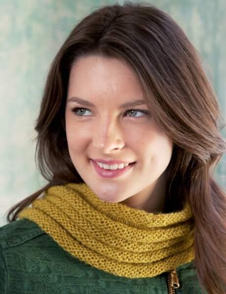 Modèle de tricot gratuit : le snood roulotté