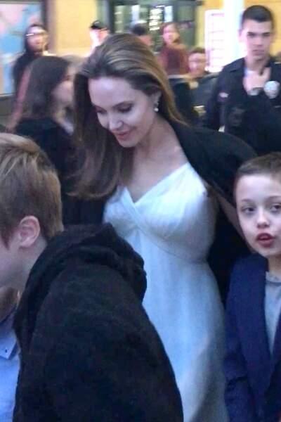 Angelina Jolie est ses enfants, le 11 mars à Los Angeles