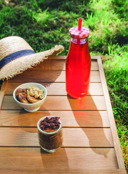 Le thé glacé à l'hibiscus, bon pour le coeur