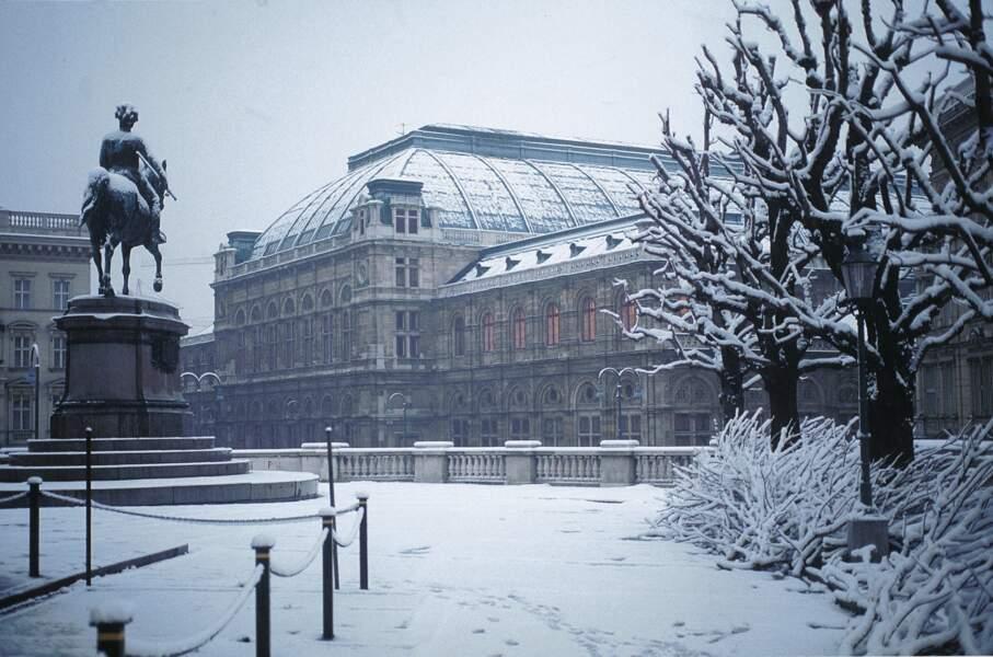 Opéra de Vienne sous la neige