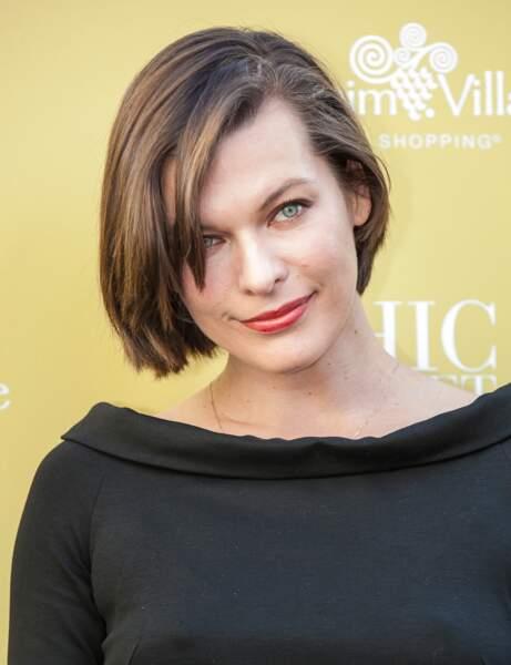 La coupe courte carré sexy de Milla Jovovich