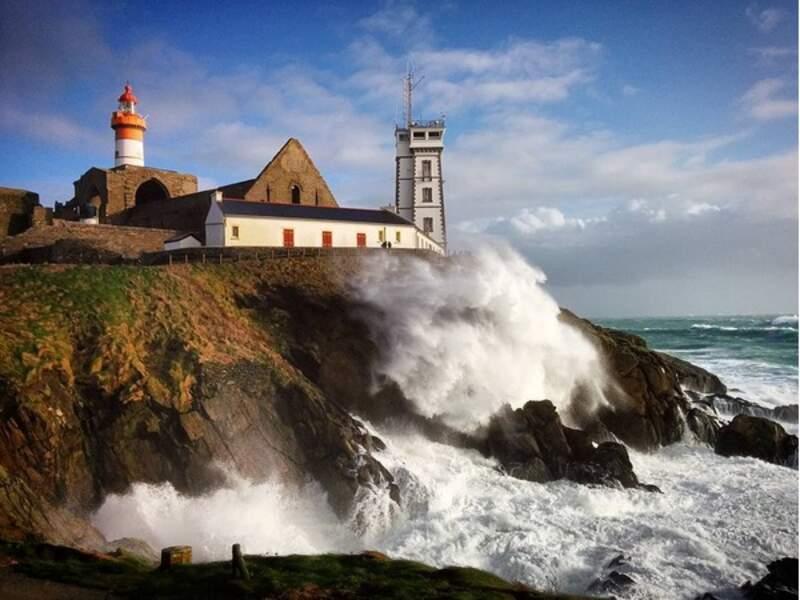 Éclaircies en vue, à la Pointe Saint Mathieu (Finistère)