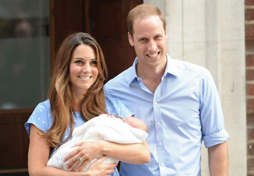 La jolie famille royale pour sa première apparition à trois