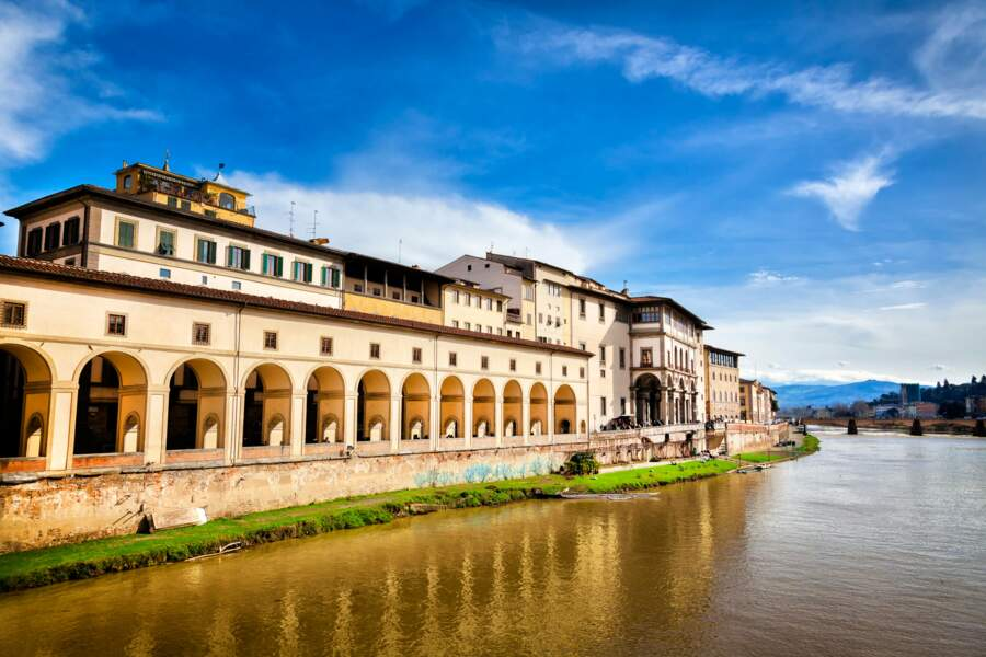 La Galerie des Offices, vue du ponte Vecchio