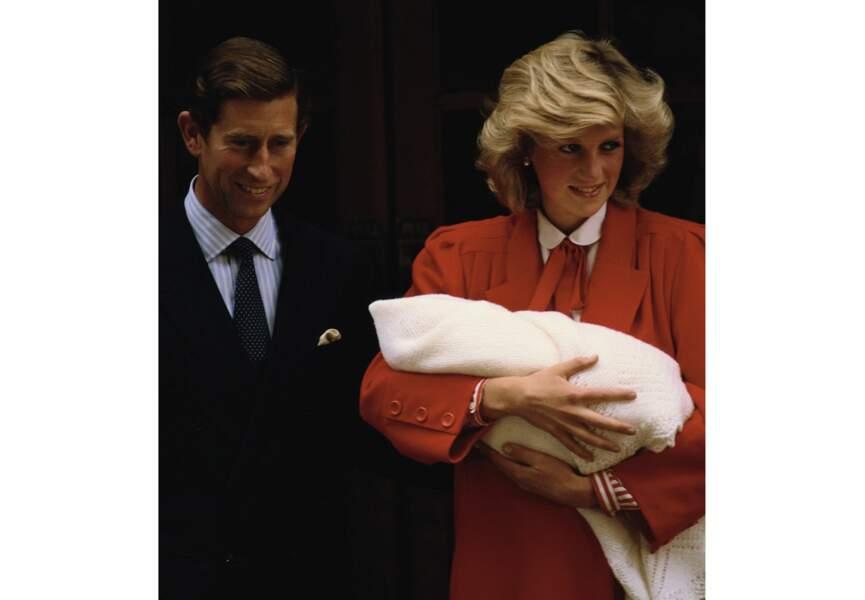 En 1984, Lady Di et le prince Charles accueillent un deuxième garçon : Harry, né le 15 septembre.