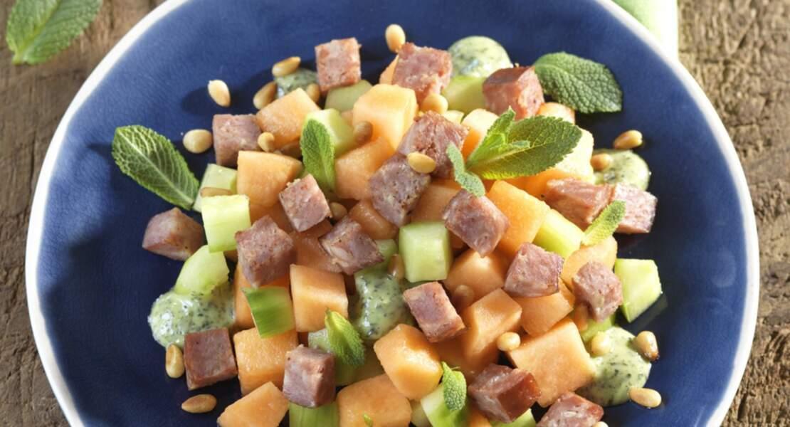 Salade de melon et concombre aux petits cubes de Morteau