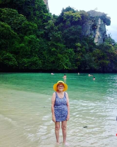Les pieds dans l'eau en Thaïlande