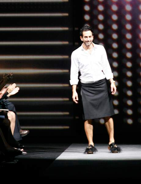 Pour Marc Jacobs la jupe est un incontournable des podiums ...