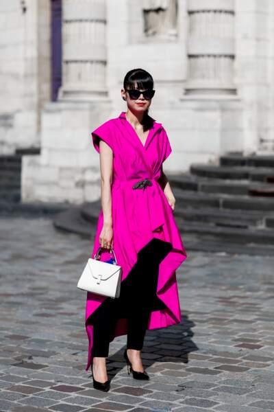 Paris Fashion Week Street Style : le rose couture