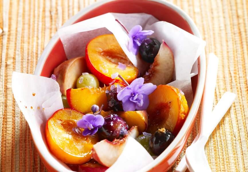 Papillotes de fruits d'été à la violette
