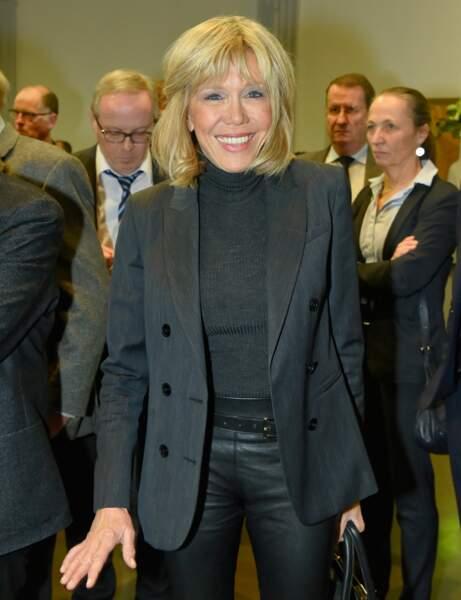Brigitte Macron : l'attache moderne