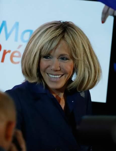 Brigitte Macron : l'effet maxi volume