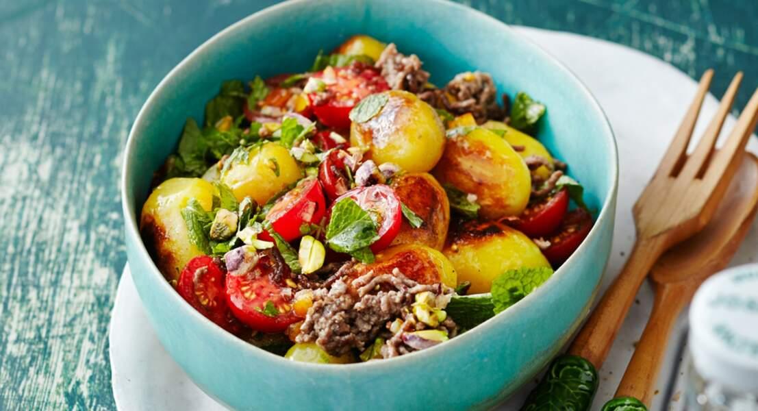 Salade de pommes de terre aux vermicelles de bœuf