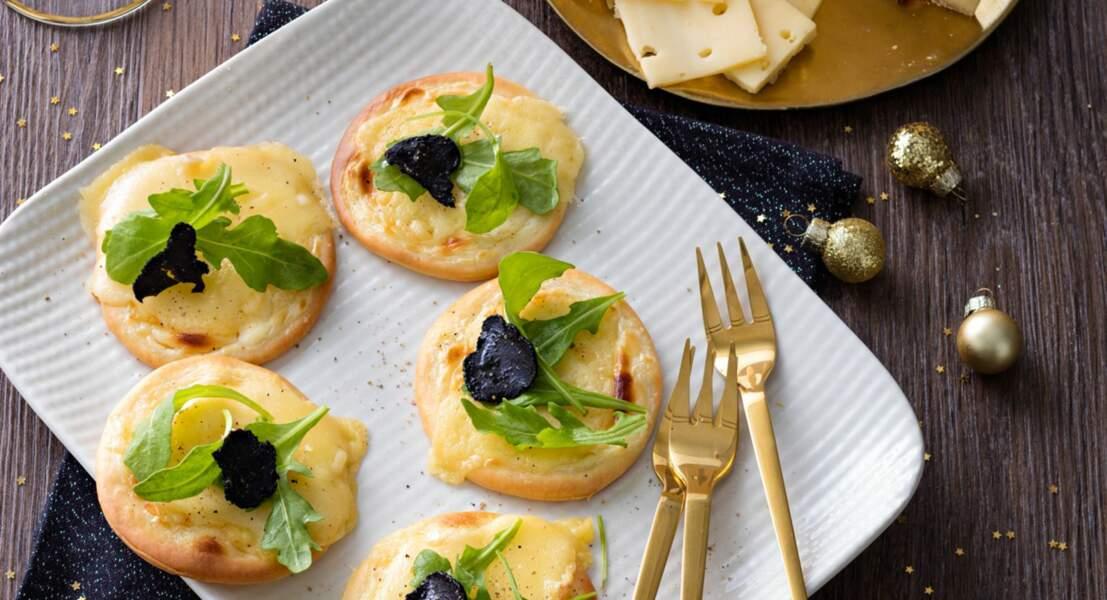 Mini tartelettes blanches à la truffe et au vacherin fribourgeois AOP