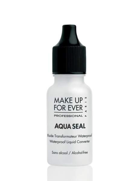 Le fixateur de make-up waterproof