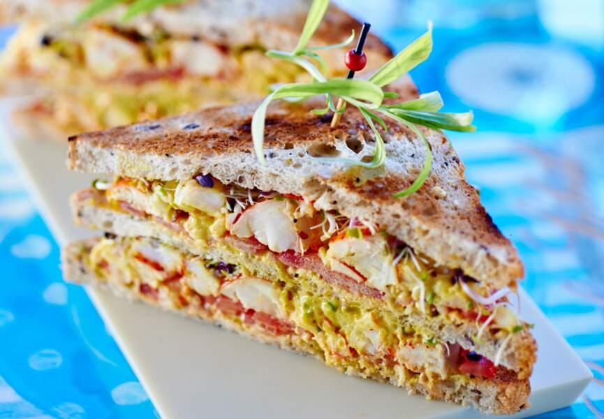 Club sandwich au homard