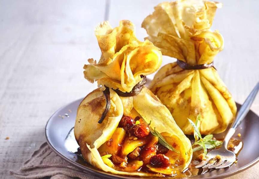Crêpes en aumonière à l'ananas caramélisé et aux épices
