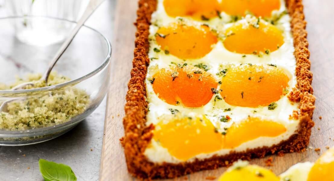 Tarte aux spéculoos et abricots, sucre de basilic