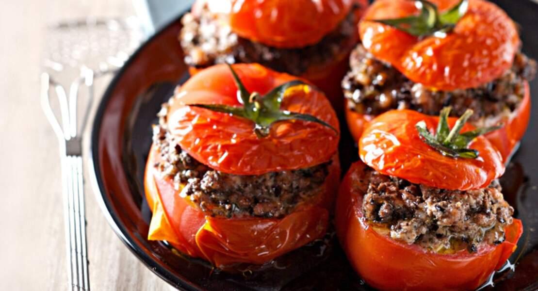 Tomates farcies au veau et à la tapenade