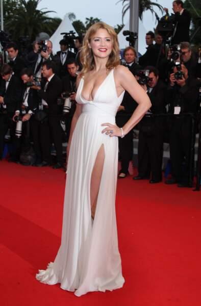 Look Virginie Efira : too much