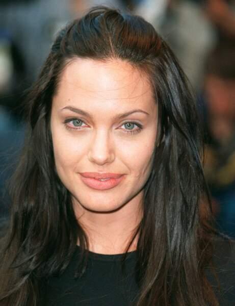 Angelina Jolie avant