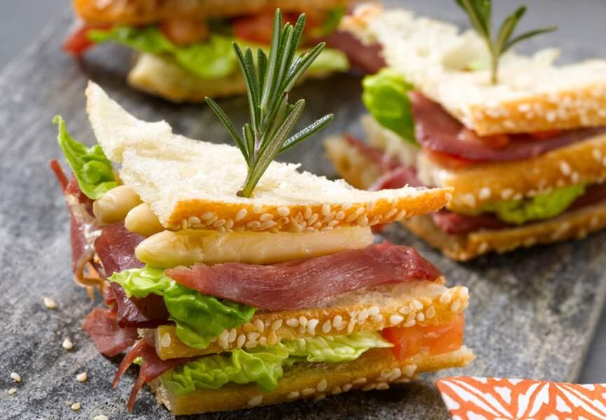 Mini-club sandwich aux asperges