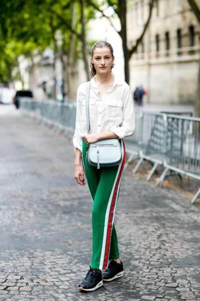 Fashion Street Style : le pantalon smoking version flashy