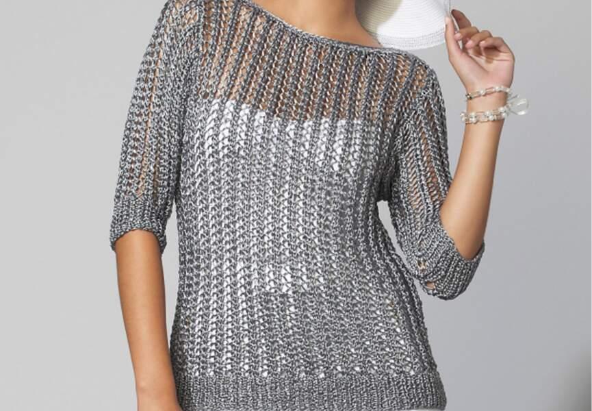 Le pull gris ajouré