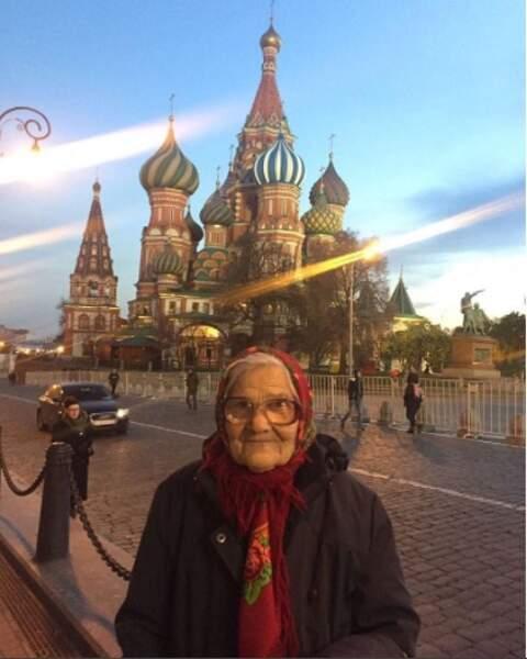 Elle a aussi profité de ses périples pour faire une halte à Moscou