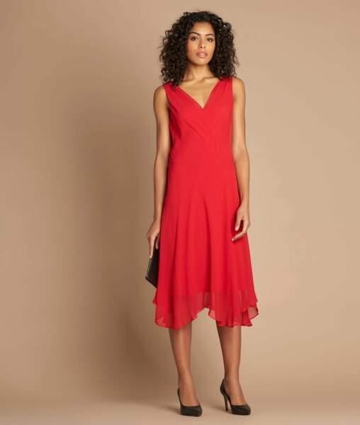 Robe rouge mi-longue dansante en soie