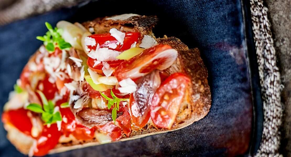 Bruschetta tomates et anchois fumés