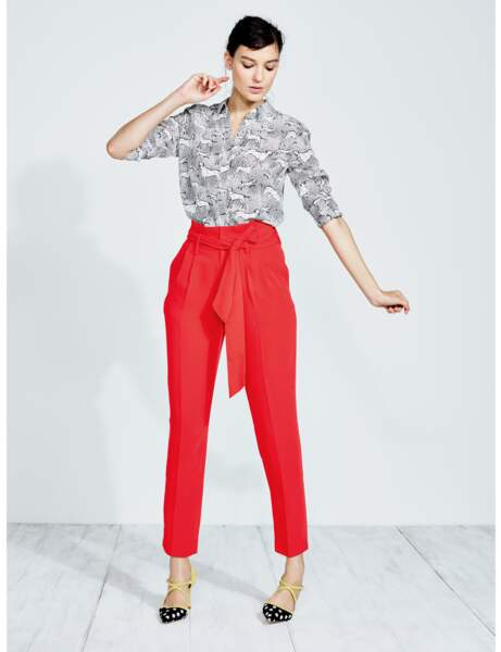 Pantalon tendance : pantalon rouge paperbag