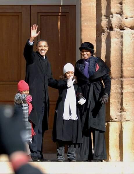 La famille Obama en février 2007, jour de l'annonce officielle de la candidature de Barack Obama à la présidentiell