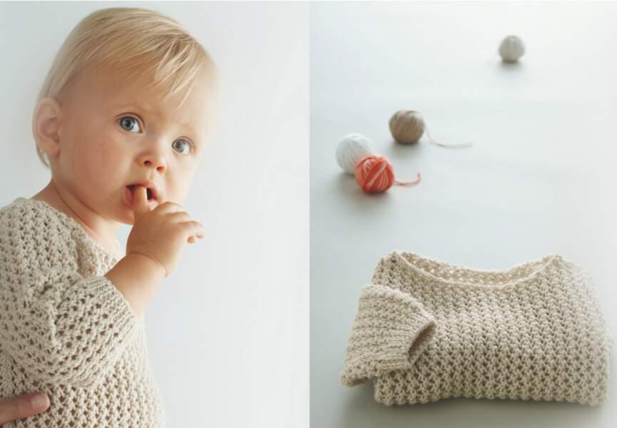 Un pull pour bébé à tricoter