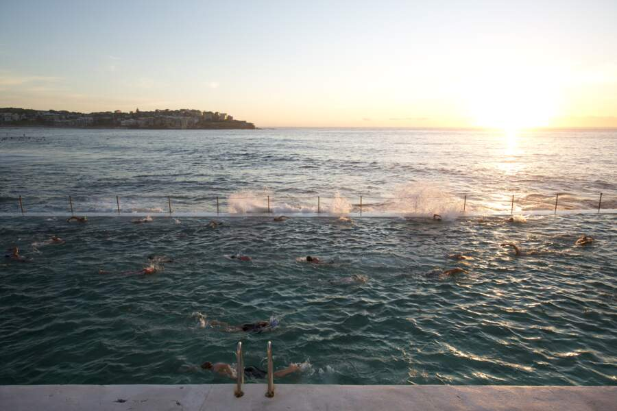 ... Quand les vagues se mêlent à l'eau chlorée